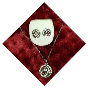 Jewelry - Equestrian jewelry set earrings and pendant